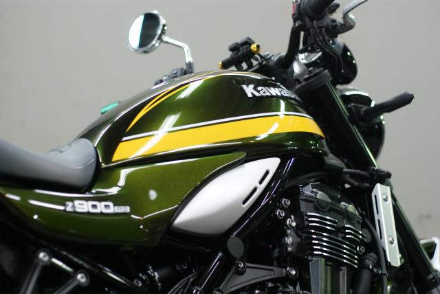 KAWASAKI Z 900 RS コーティング実績画像